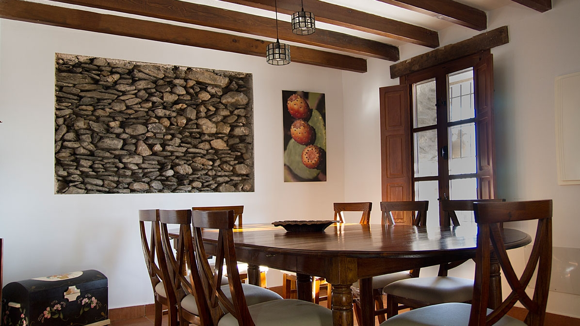 LIVING ROOM, DINING TABLE